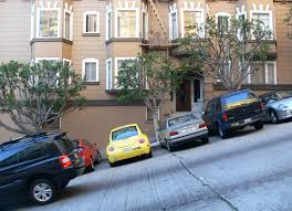 Street parking on Nob Hill. Photo: Wikimedia Commons.
