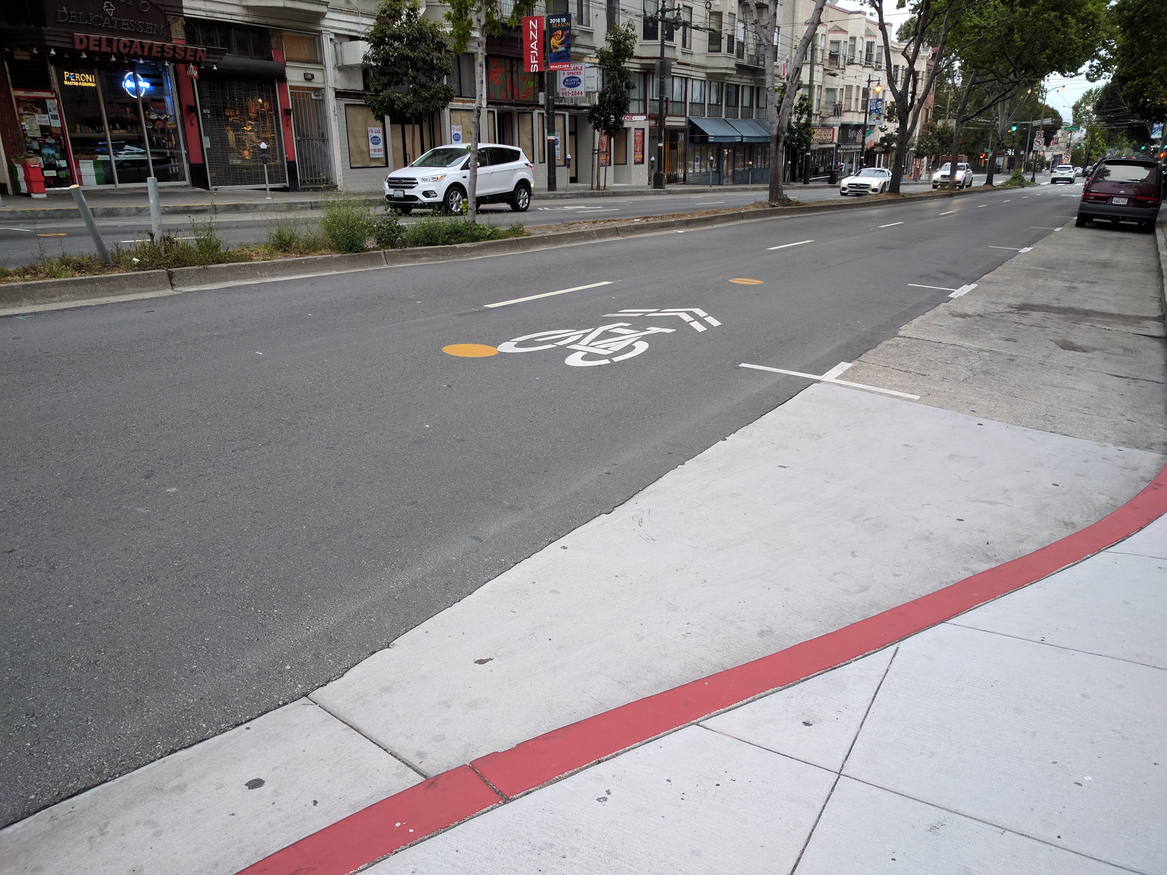 While SoMa is getting protected bike lanes, this is what passes for bike infra in North Beach. Photo: Streetsblog/Rudick