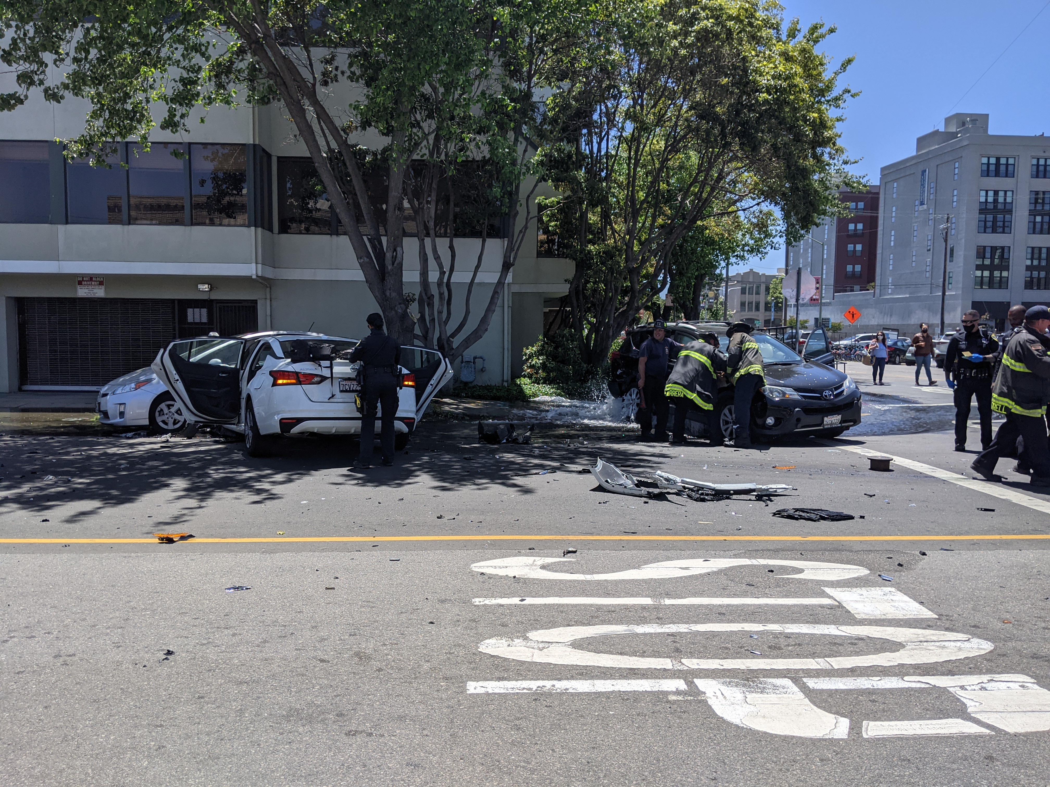 While OakDOT prepares to remove safety measures on Telegraph, the carnage continues. Example: this serious crash in Jack London that sent two children to the hospital. Photo: Streetsblog/Rudick